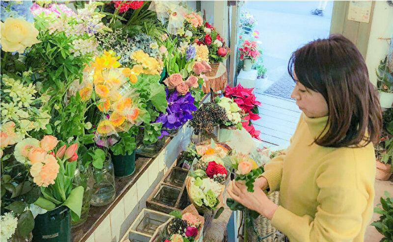ブルーミーライフのお花はプロがアレンジ