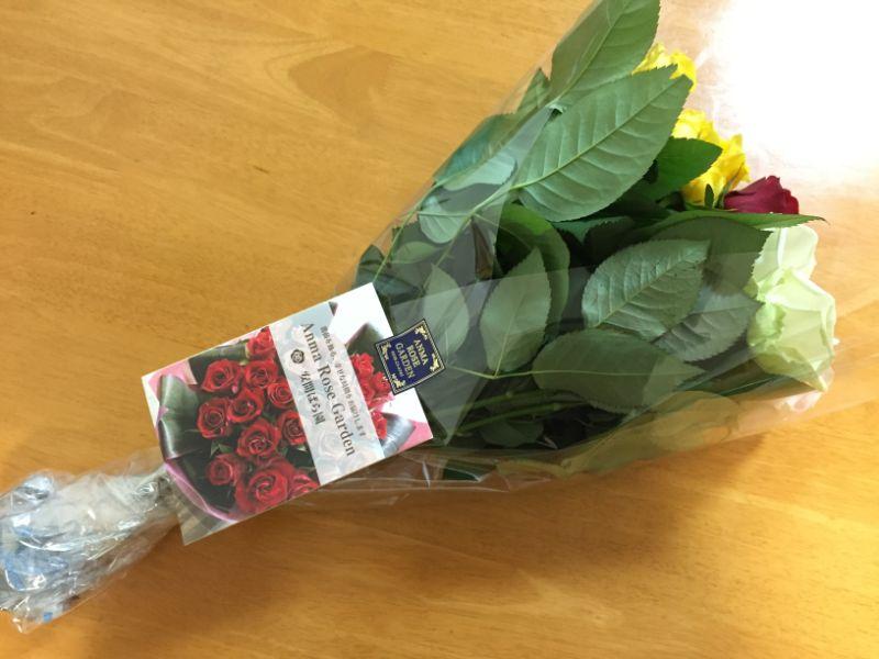 産地直送で届いたバラの切り花