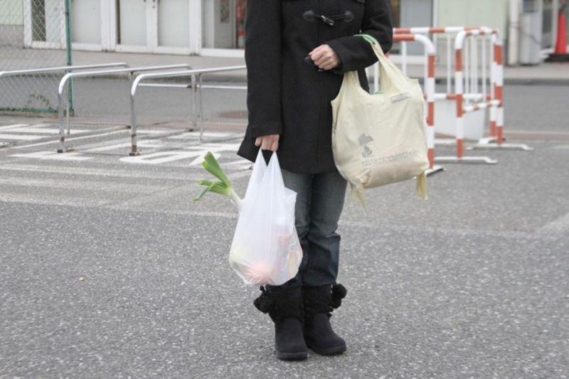 お花って荷物になるからね。 持ち運ぶのがとっても面倒だよね。